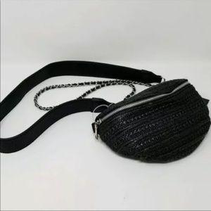 Steve Madden Blk straw belt bag Fanny pack NWT